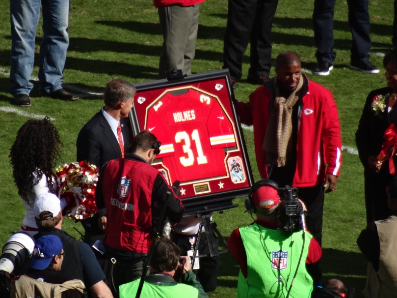 Priest Holmes presented as Chiefs Hall of Fame player on the Field at Arrowhead Stadium.